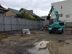 【南区翠町 小児科医院】基礎掘削を開始しました<