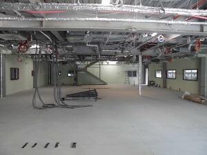【南区翠町 小児科医院】1階・2階断熱材吹付完了です<