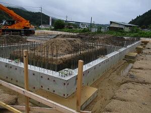【北広島 大型車庫】鉄骨建て方施工中です<