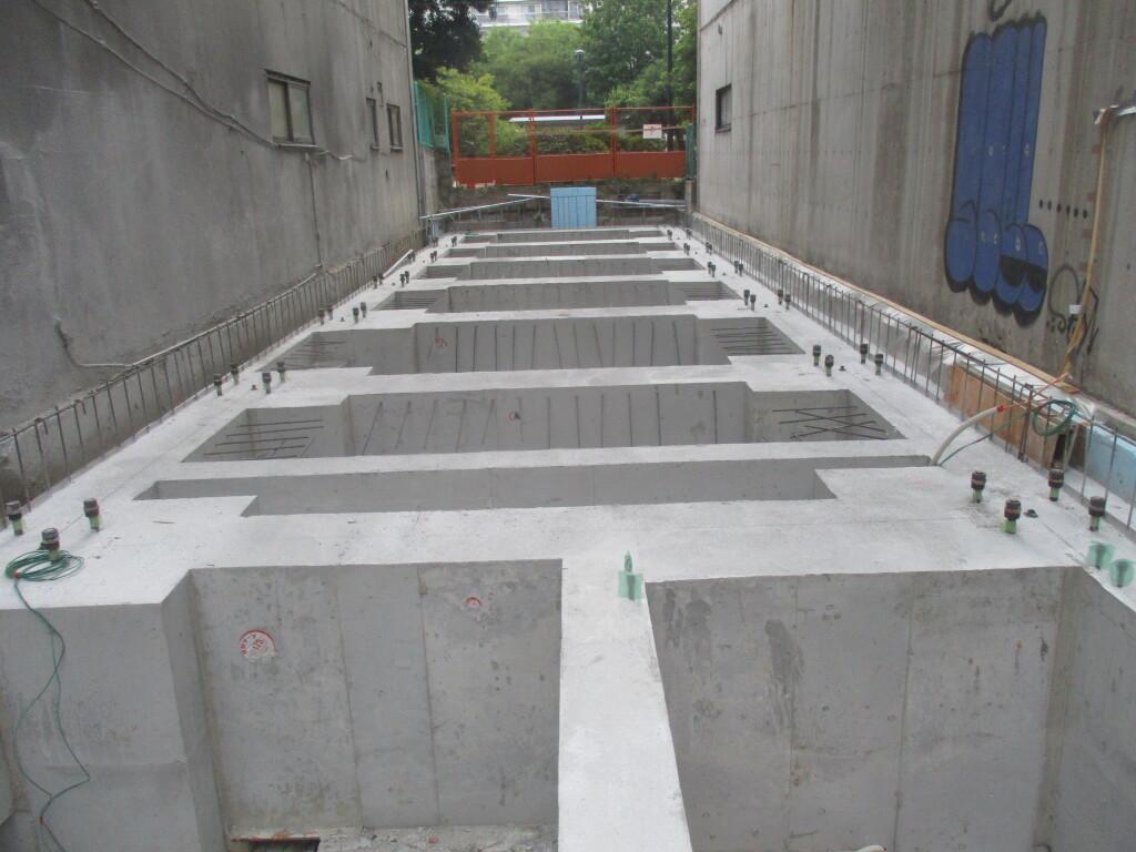 「カサーレ並木通」新築工事 基礎工事完了しました<